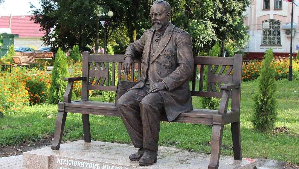 Брянский скульптор рассказал о работе над удивительным памятником