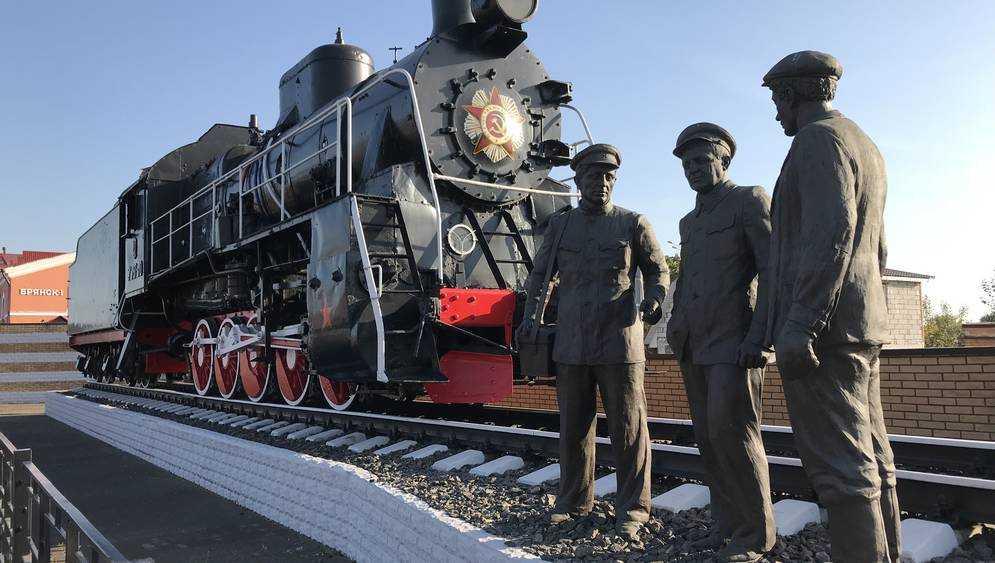 На вокзалах и в пригородных поездах Брянской области проводятся регулярные рейды по соблюдению масочного режима