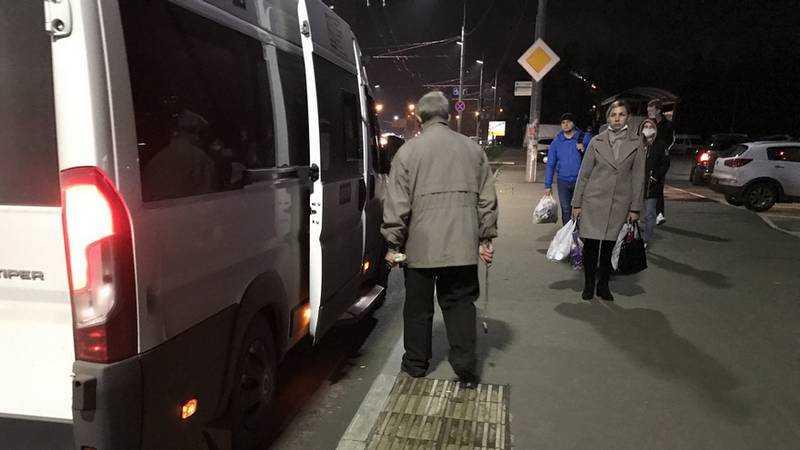 Перевозчики предупредили о последствиях отмены всех маршруток