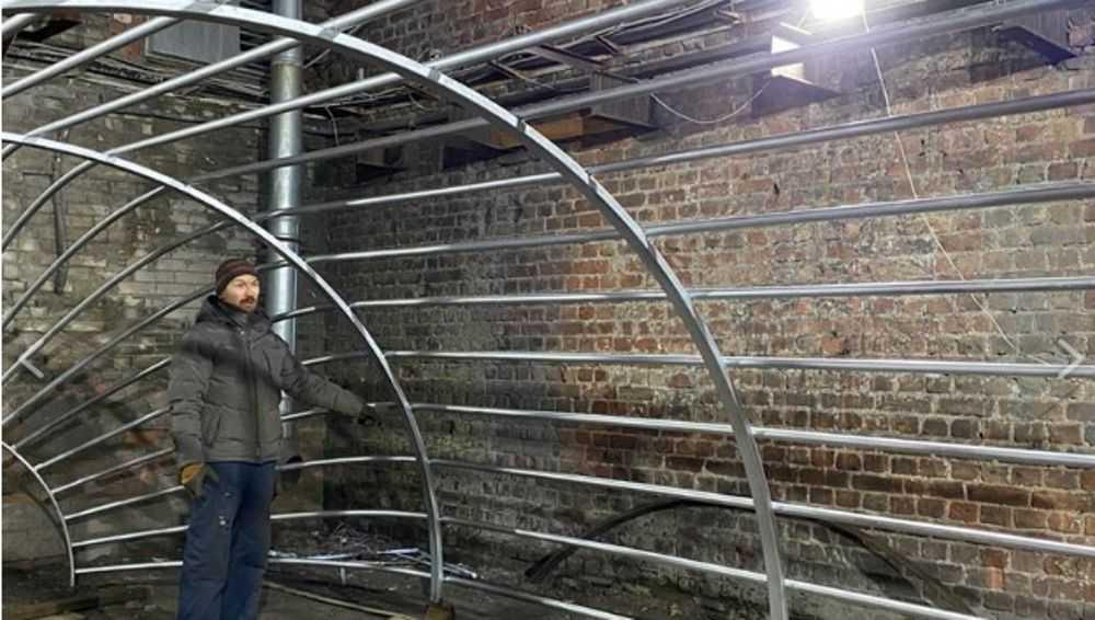 В Санкт-Петербурге изготовят огромную клетку для брянского Новозыбкова