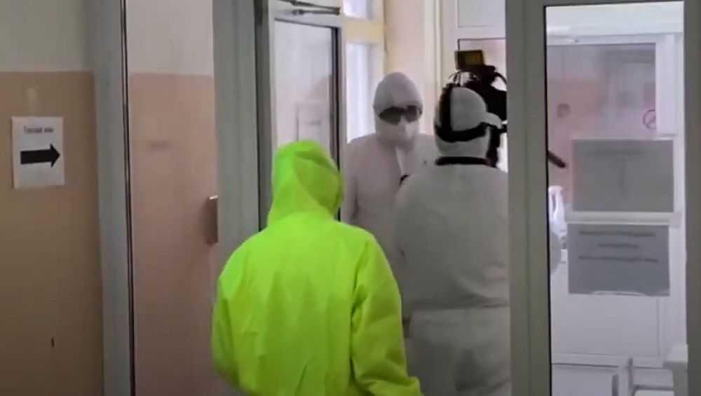 Брянский журналист посетил «красную зону» ковидного госпиталя