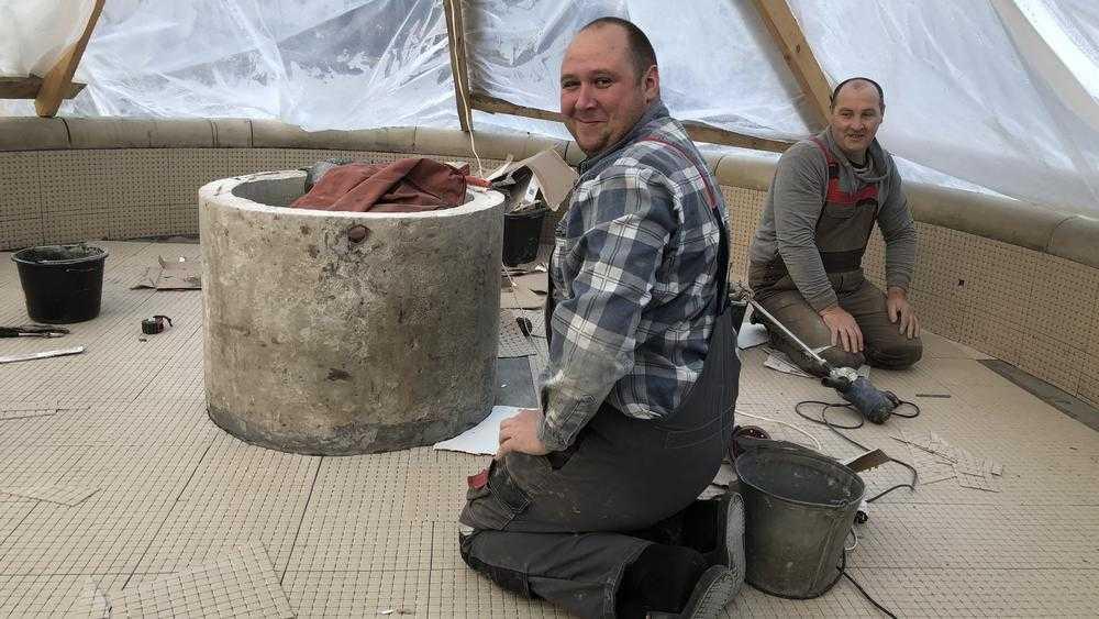 В усадьбе князя приступили к работе брянские мастера фонтанных дел