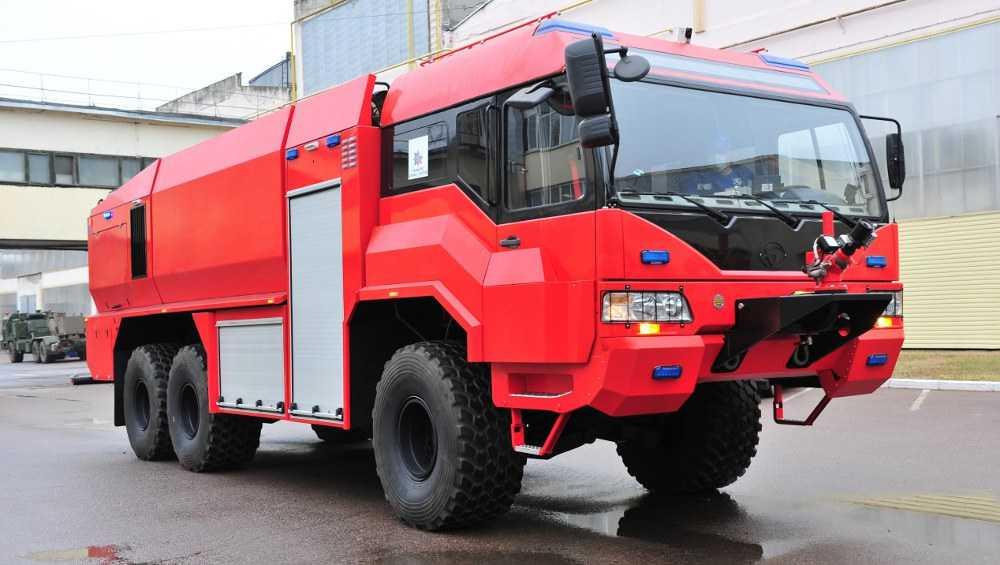 Брянский автозавод разработал новую пожарную аэродромную машину