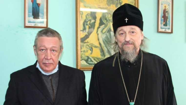 В сети опубликовали фото Ефремова в СИЗО Белгорода
