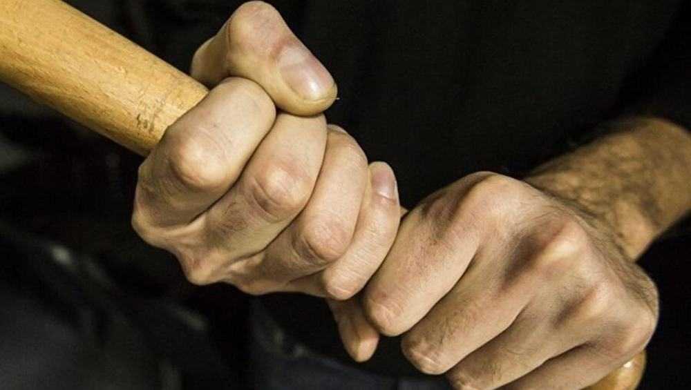 В Брянске помощника машиниста осудили за зверское избиение человека