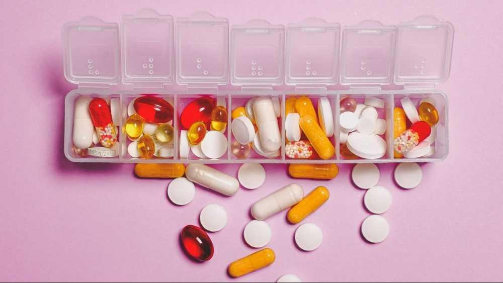 Министр назвал шокирующие цифры потребления лекарств в России