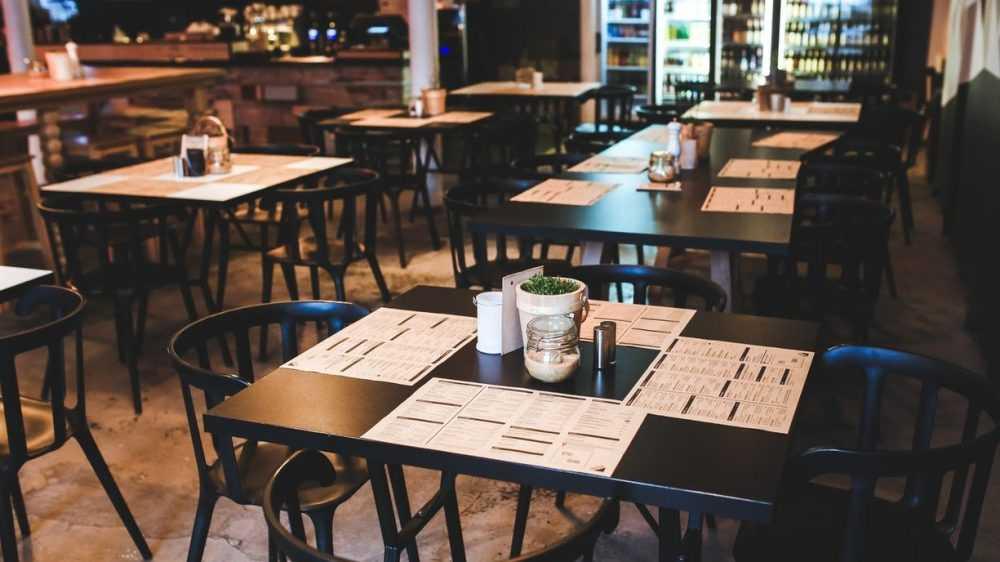 Брянские кафе запретили заполнять более чем наполовину