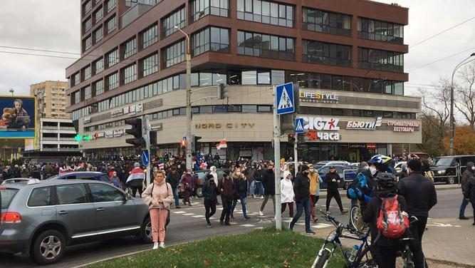 Белорусские силовики начали жестко задерживать протестующих