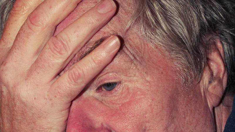 Брянский  пенсионер попал под следствие из-за найденного на улице кошелька