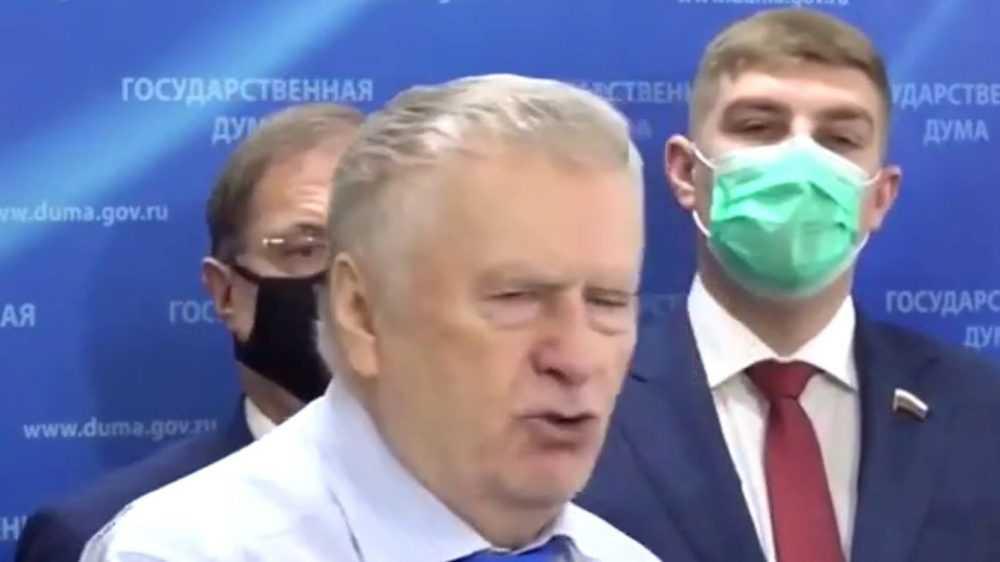Депутат Пайкин выслушал фантазии своего стареющего предводителя