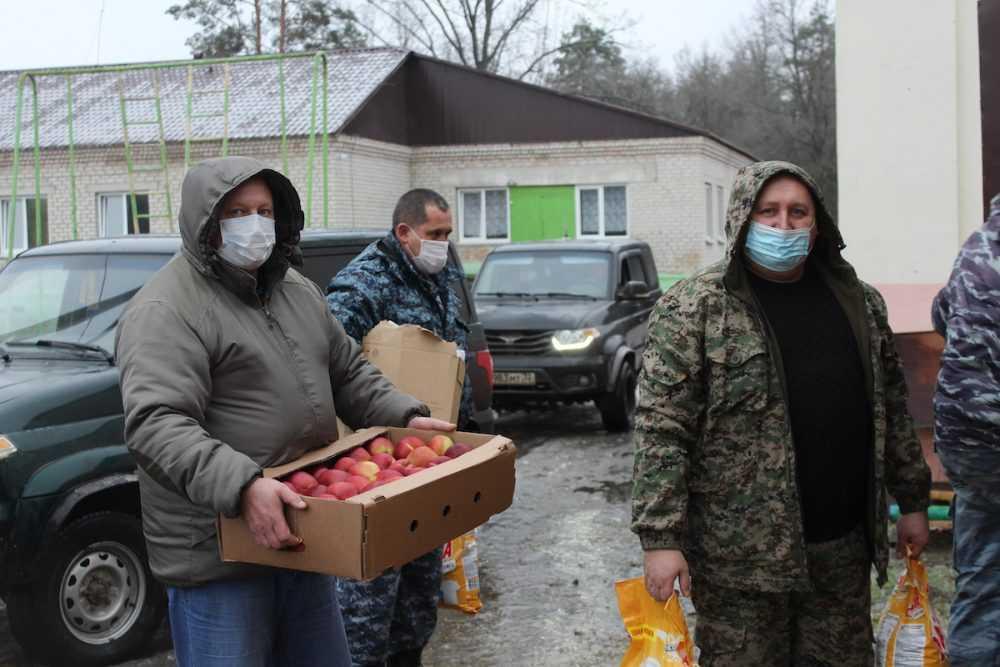 Помнить о других: сотрудники «Мираторга» помогли воспитанникам школы-интерната в Климовском районе Брянской области