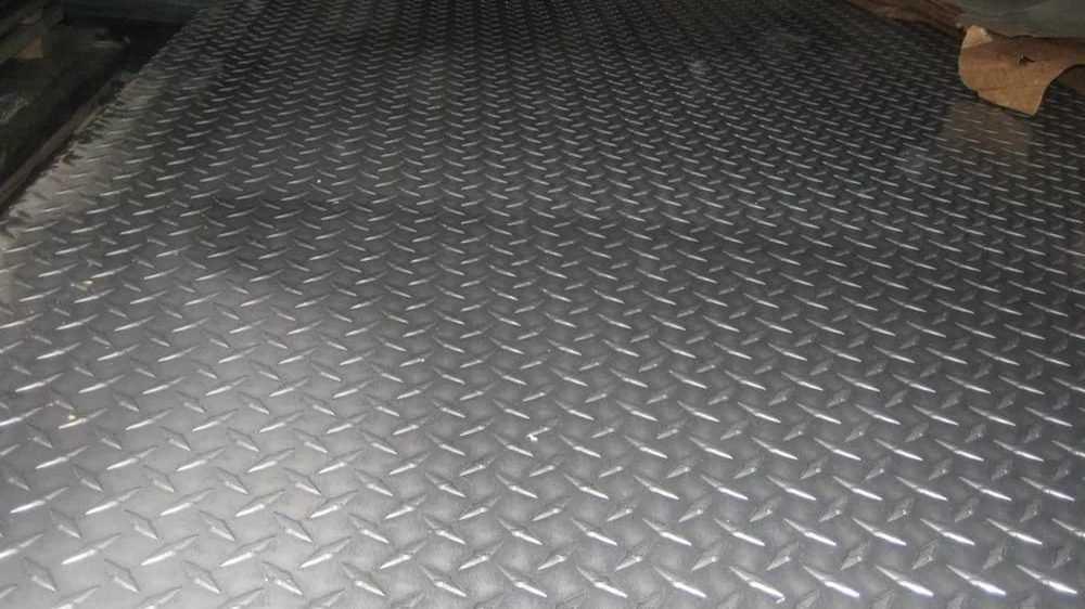Особенности применения рифленого алюминиевого листа