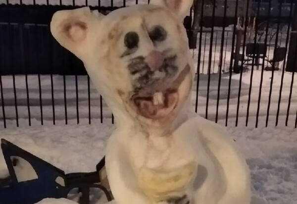 В Брянске слепили жуткую «коронавирусную» крысу