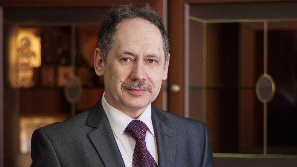 Брянских учителей потрясло задержание директора лицея Игоря Афонина