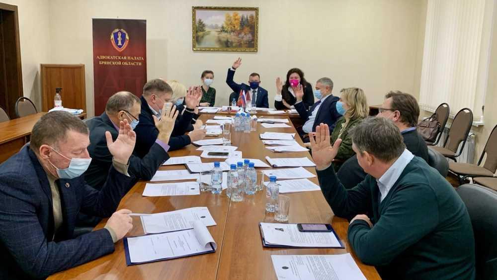 В Брянске будущие адвокаты провалили квалификационный экзамен