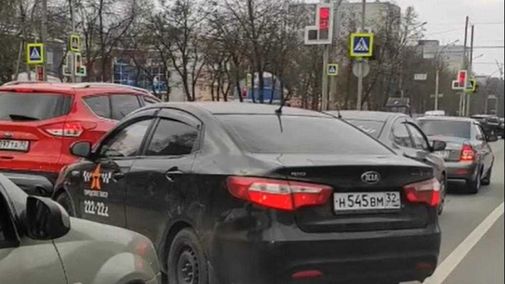 Брянский таксист нарвался на народных мстителей