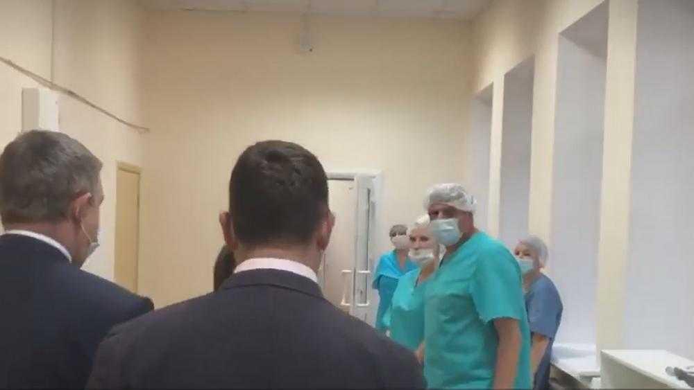 Брянский губернатор побывал в Унечском коронавирусном госпитале