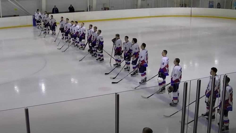 Брянские хоккеисты бесславно закончили первый круг первенства НМХЛ
