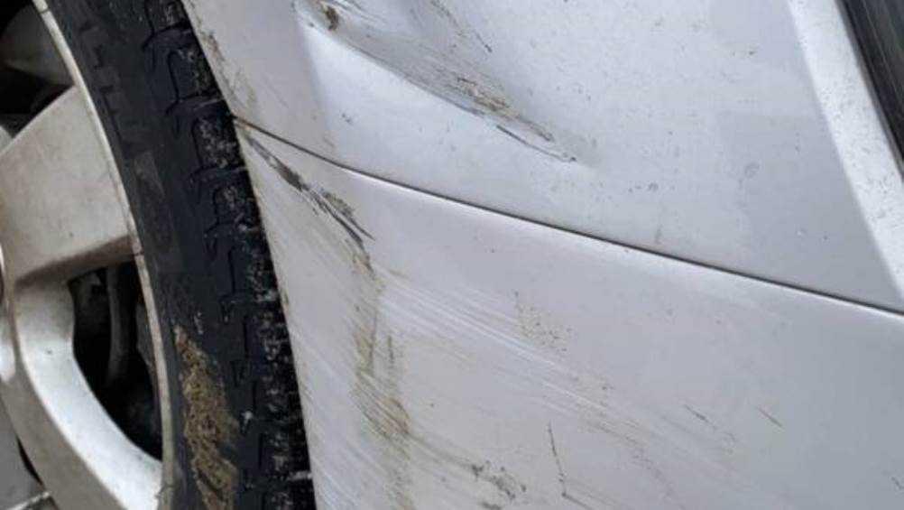 В Севске владелец повреждённой легковушки пригрозил сбежавшему водителю