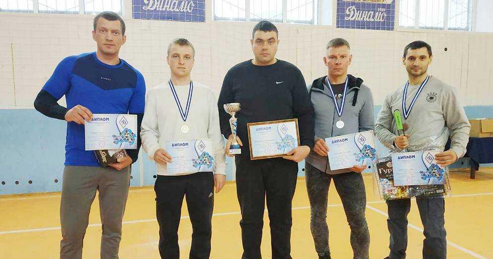 Сборная сотрудников регионального УФСИН приняла участие в соревнованиях по гиревому спорту