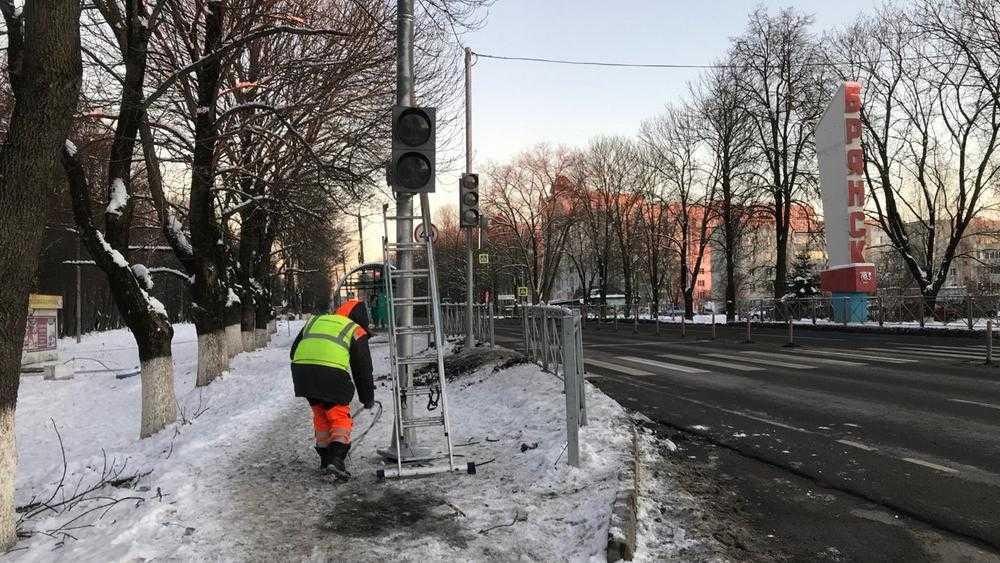 На аварийном перекрестке в Брянске возле «Снежки» установили светофоры