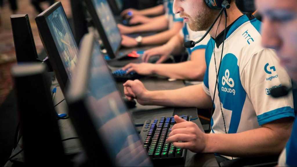 Российские киберспортсмены остановились в шаге от победы на престижном турнире по CS:GO