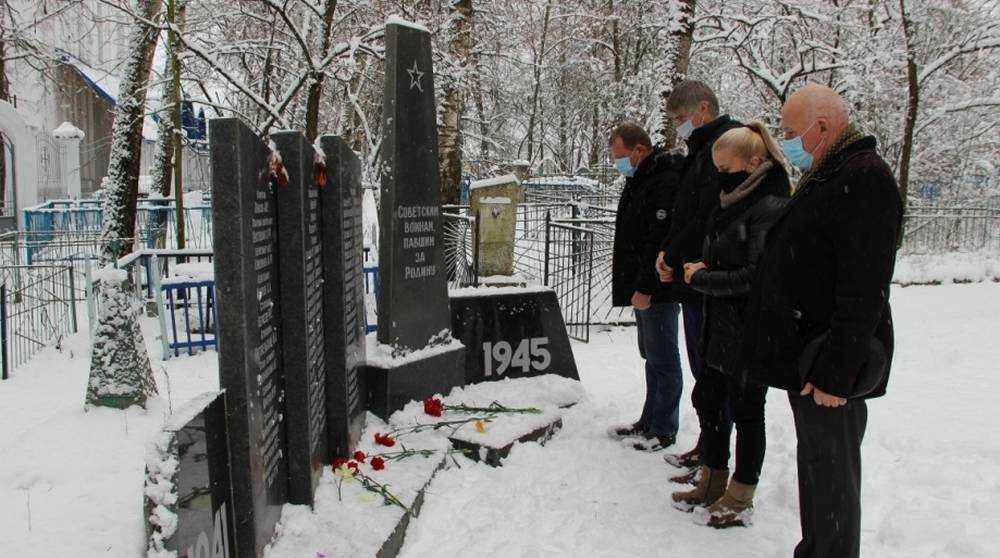 Железнодорожники в Брянске почтили память Неизвестного Солдата
