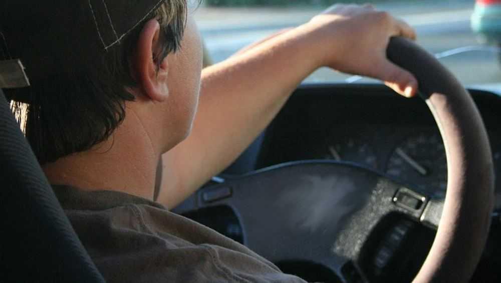 В Почепе водитель сбил пенсионера и врезался в другой автомобиль