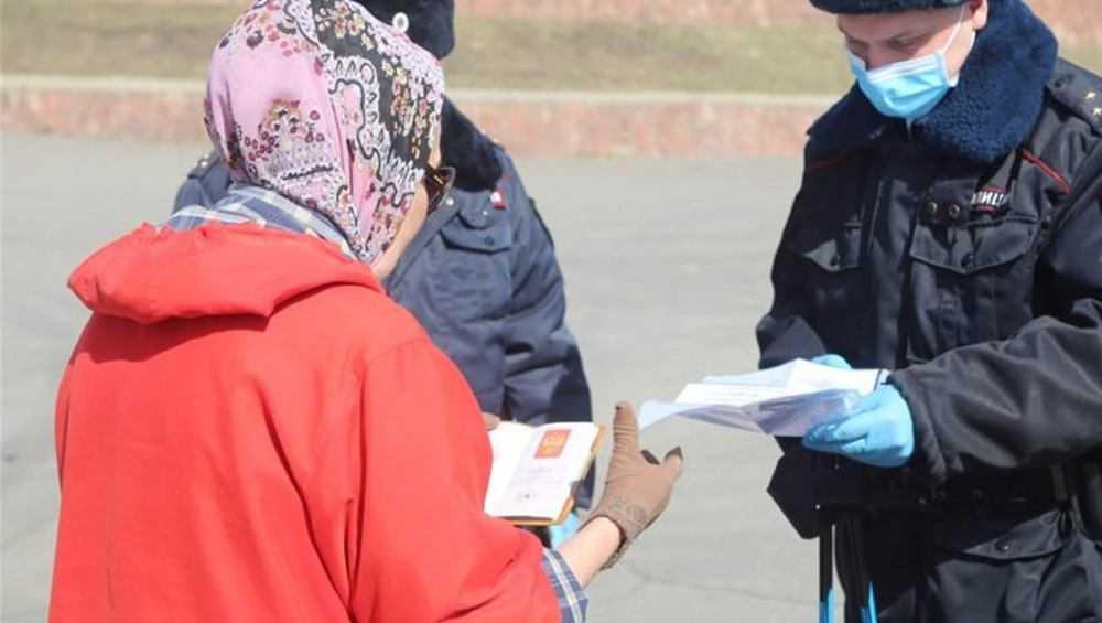 В Сельцо пенсионерку осудили за насилие над полицейскими