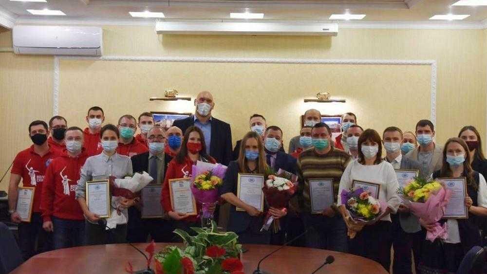 Рабочие дни в Брянске у Николая Валуева начались со встречи с волонтёрами