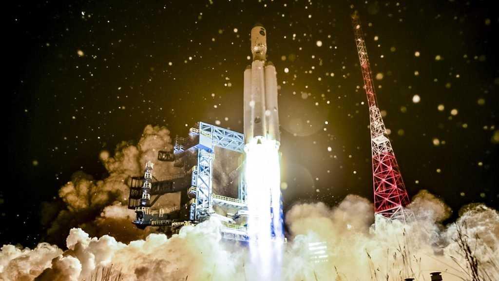 Академики предложили отложить полет на Луну