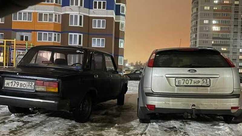 В Брянске женщин обвинили в хамской парковке