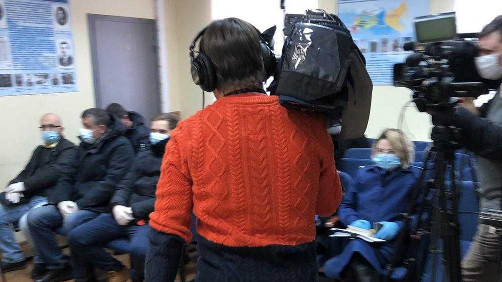 В отделе полиции начался суд по поводу ареста Навального