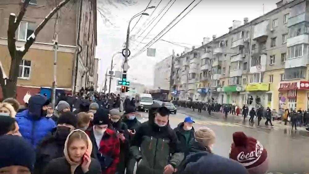 Часть задержанных в Брянске сторонников Навального отпустили