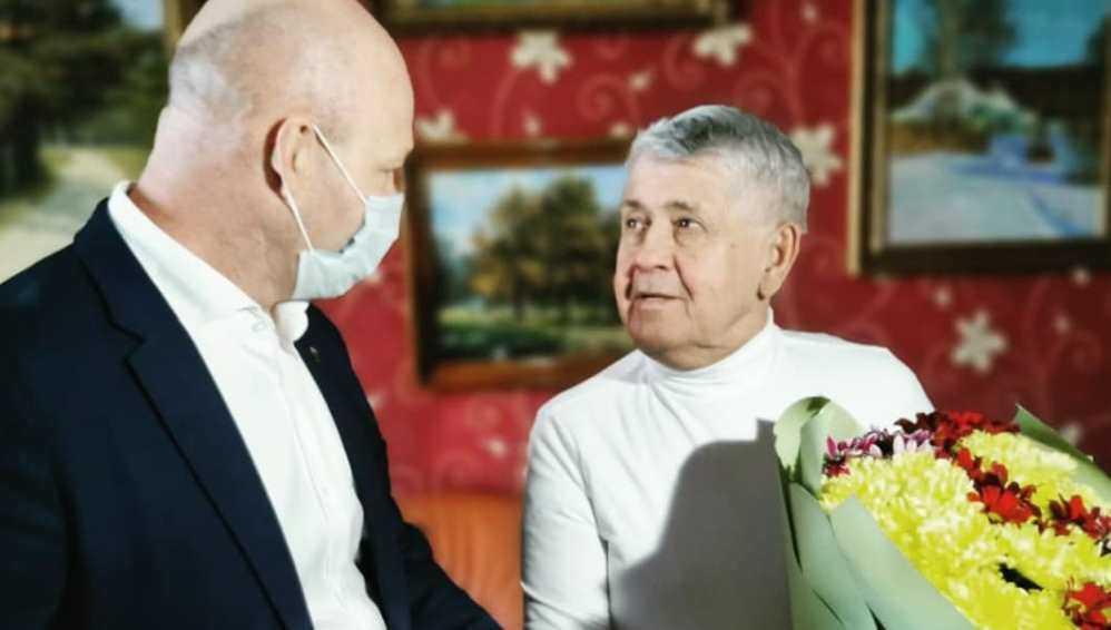Бывшего брянского губернатора Лодкина наградили за верность журналистике