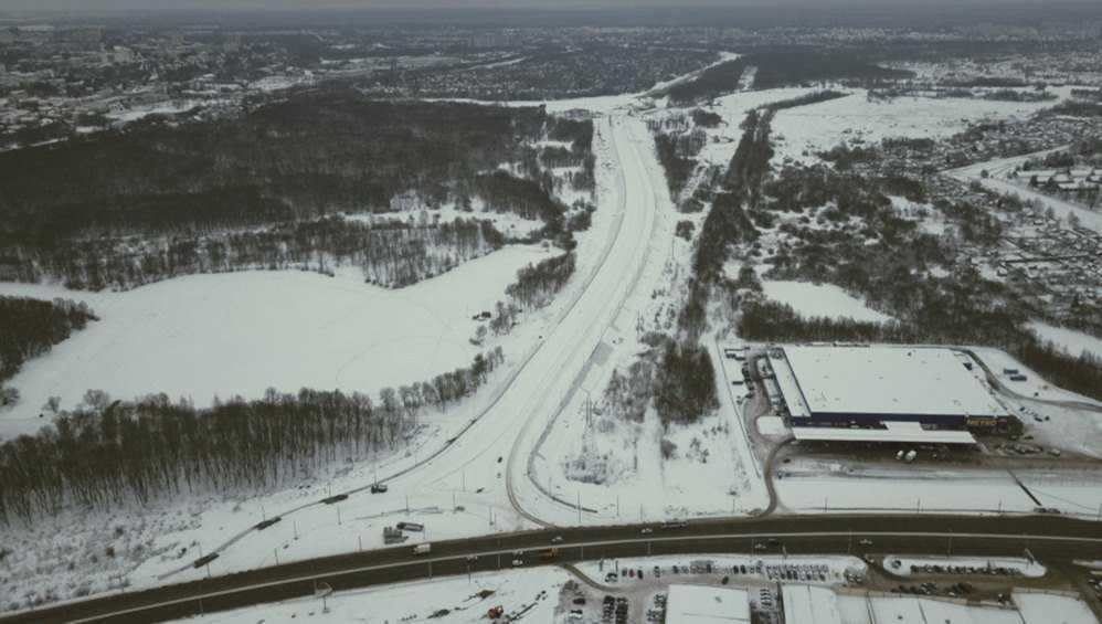 На дороге от вокзала Брянск-I до Metro установили опоры со светильниками