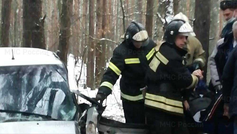 Под Новозыбковом покалечился 27-летний водитель