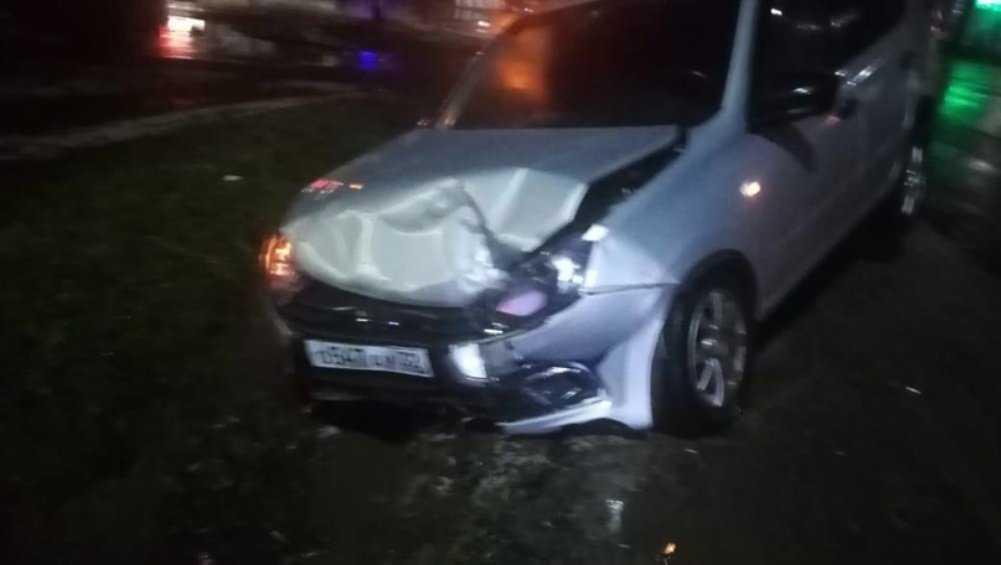 В Новозыбкове в ДТП на перекрёстке пострадала 29-летняя женщина