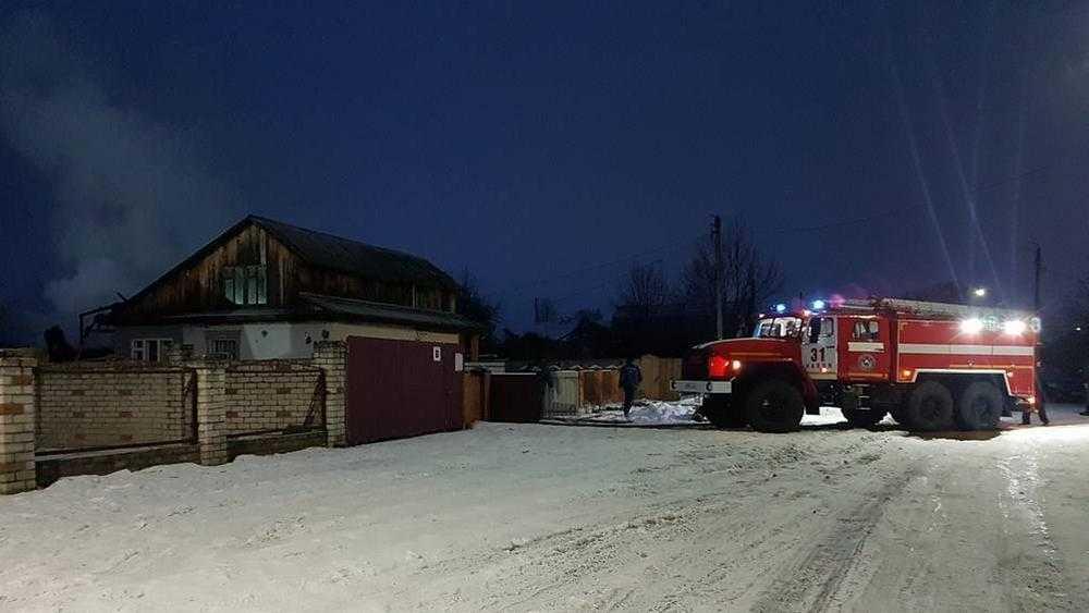 В Навле пожарные спасли дом от уничтожения огнем