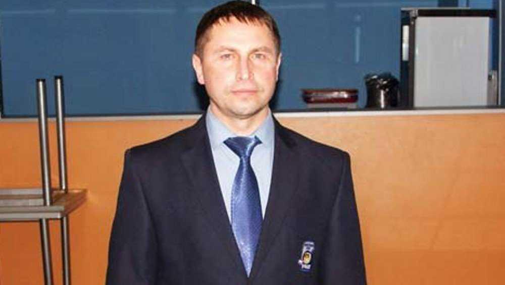 В команде брянских хоккеистов заменили главного тренера