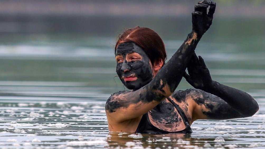 В Климове чиновники объявили о лечебной грязи из местного озера