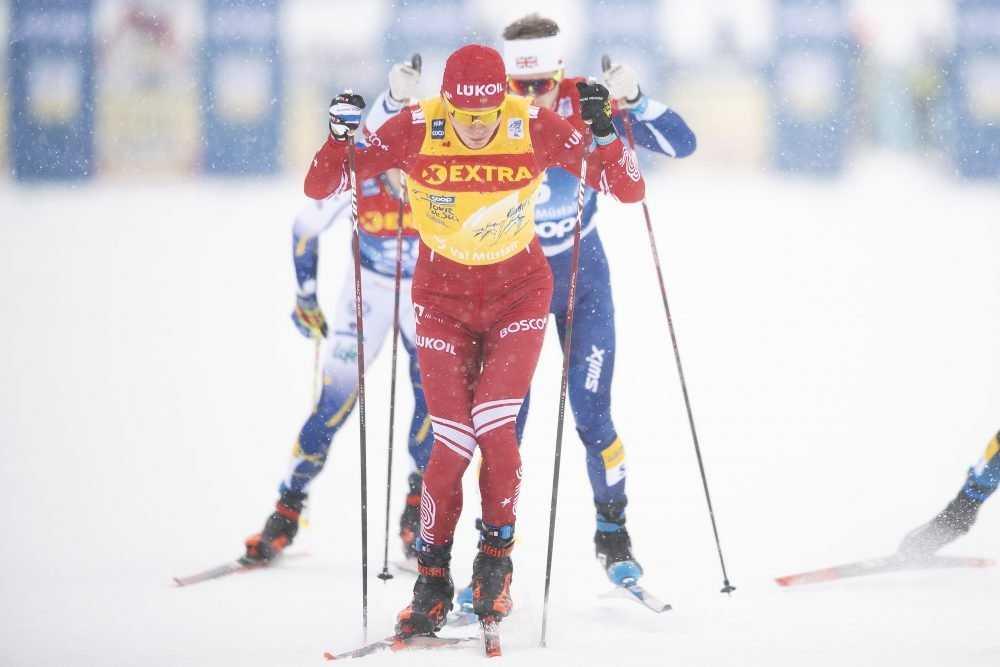 Брянец Александр Большунов обошел всех на второй лыжной гонке в Фалуне