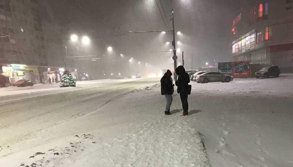 В Брянске накануне 8 марта ожидается сильная метель и гололед