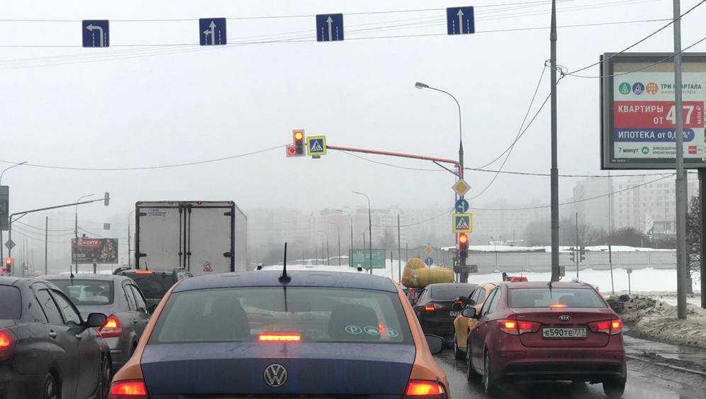 Невидимые стрелки светофоров стали бедой Брянска