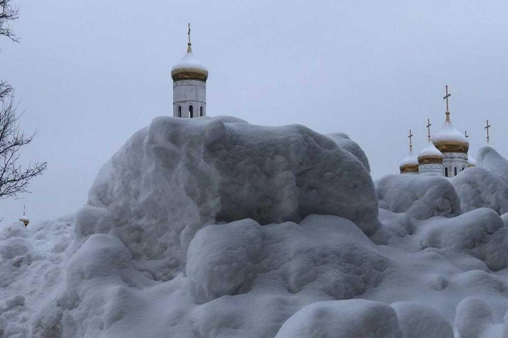 Брянск. Зима. Кафедральный
