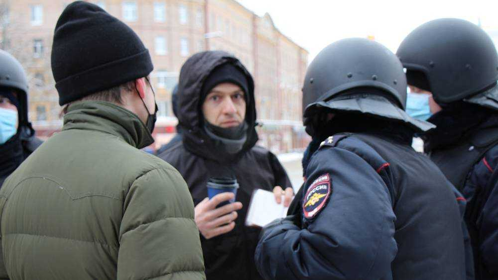 В Брянске отпустили часть задержанных на акции сторонников Навального