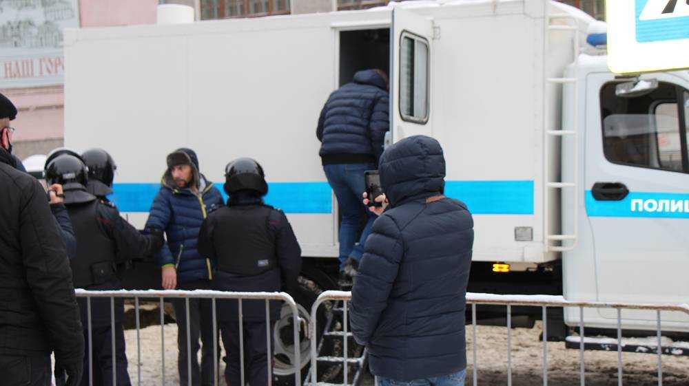 В Брянске под суд попали 29 сторонников Навального