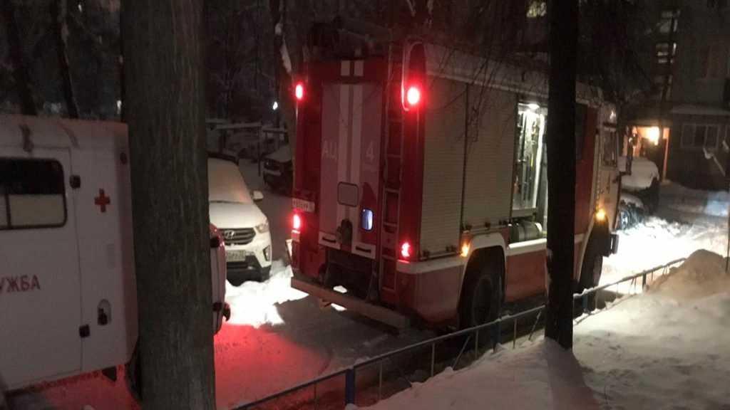 При пожаре в Брянске пострадал человек