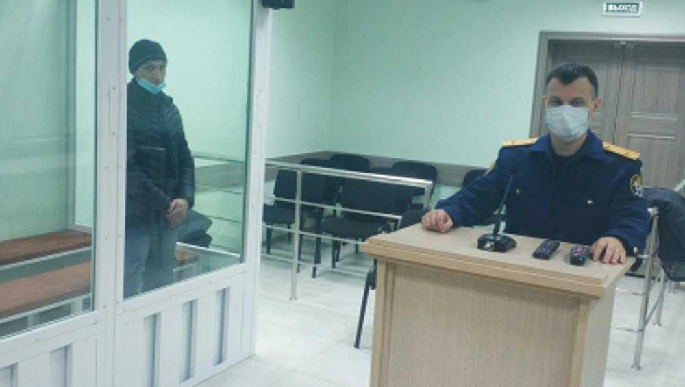 Судимого брянца задержали за попытку изнасилования женщины в подъезде