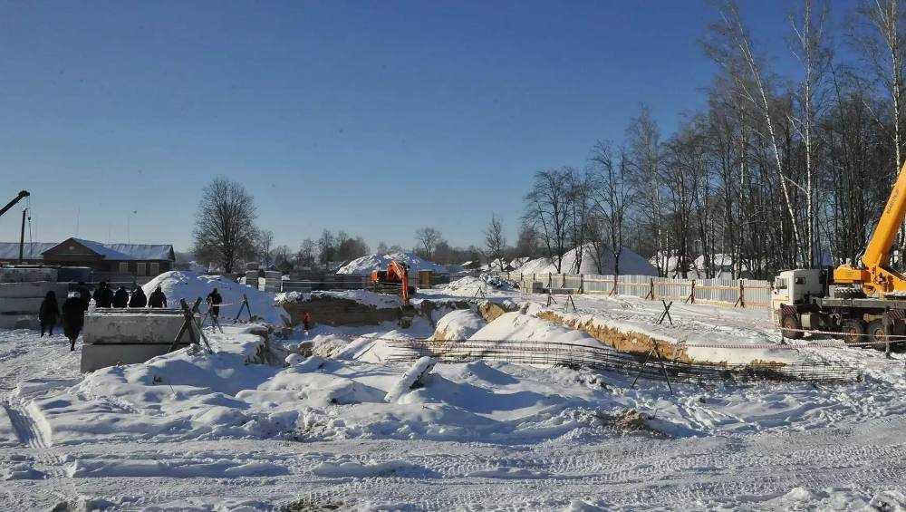 Новый корпус Навлинской школы построят за счет экономии бюджетных денег